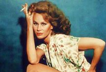 Karen Black / She actually is not a type of my favorite actress, but she is one of unforgettable actresses in 70s movies.