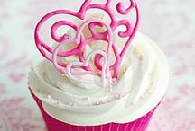 Valentines Day Cupcakes / Valentines Day is a great theme to choose for your National Cupcake Day party! Register for free, and 'bake' some change in the lives of animals in need. www.nationalcupcakeday.ca