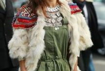 Street Style / Interesting, beautiful or cool street photos of fashion people.  / by Fashionistas World
