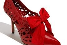 shoes / by Maria Kloczko