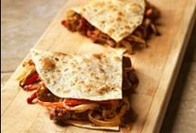 RECEITAS - QUIRÓS GOURMET / Aqui poderá encontrar receitas variadas com a nossa Carne de Cordeiro Gourmet. Também vai se deliciar com as receitas tradicionais da família Quirós , como molhos, geleias, e pratos típicos da nossa família !!!