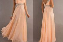 Dresses / by Sara Roloff
