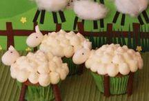 Kaunein Cupcake 2014 -kilpailun satoa / Dr. Oetkerin helmikuussa 2014 järjestämän Kaunein Cupcake 2014 -kilpailun parhaimmistoa. Seuraa Dr. Oetkeria Facebookissa ja osallistu kilpailuihin www.facebook.com/leivojakoristele