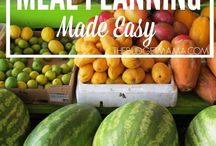 Meal Planning for Busy Moms / Meal planning tips and tricks to save time and money