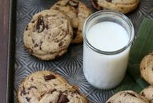 →Cookies← / All you need is love…and cookies