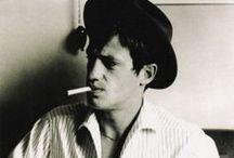 Men and cigarettes.❂