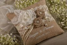 Gift wrapping / Giving beautifully wrapped gifts