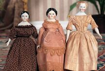 Dolls / All kinds of dolls, from collectible to decorating