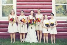 bridal party. / The bridal party makes up a very important part of your wedding! Check out some of these bridal parties.