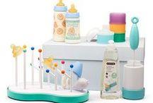 Canastillas / ¿Tienes que hacer un regalo y quieres acertar? ¡Las canastillas de recién nacido son la mejor opción! Hemos seleccionado una serie de productos básicos para niño o niña ideales, a la vez que prácticos. ¡No te los pierdas!