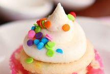 inspiracion para ORG.FIESTAS / #party #cakes #cupcakes #sweets #kids #fun / by Marta Masramon