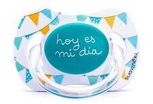 Su primer cumpleaños / Su primera celebración, su primera tarta y para su primer cumpleaños el chupete más especial