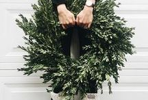 wreaths. / Join us for a wreath class this winter and take home a beautiful hand made greenery wreath!