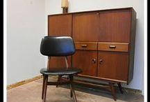 stoelen,tafels ,kasten,ledikanten,jaren 50,60,70
