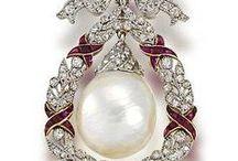 Jewellery / Ювелирные изделия