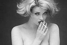 Iconic Boudoir / Contemporary and modern Boudoir photography