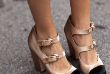 Zapatos / by Nancy Naranjo