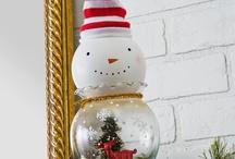 Xmas Decor / Christmas decorations / by Olga 🐼