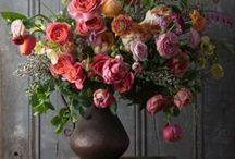 Λουλούδια παντού // Flowers everywhere...