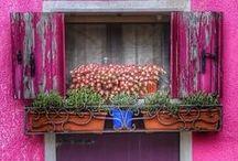 Πόρτες & Παράθυρα // Doors & Windows...