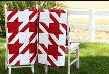 Quilts and Quilt Blocks / by Roberta Harbison