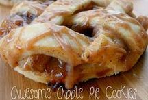 ~Dessert Recipes~ / Mostly pie, cookie, donut, and cupcake recipes  / by Jessica Kraeer