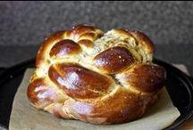 Savoury Breads / by Kristi Allain