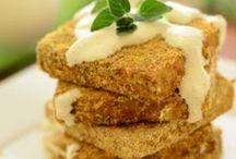 Tofu, szejtán, szója/ Tofu, seitan, soy / Receptek hús helyettesítőkkel, gabona kolbászok, szalámik,  Recipes with meat replacements, vegan sausages, salamies.