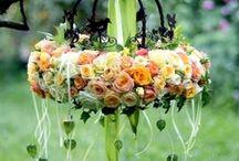 Floral Arrangements / by Monica Gordon