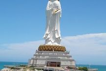 Must-sees in Sanya / Check out these must-see travel spots in Sanya.