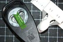 PERFORATRICES Réalisations / Avec des perforatrices, on peut agrémenter facilement la carterie pergamano ou autre. Une fois les motifs découpés ils peuvent être perforés, ciselés etc ....