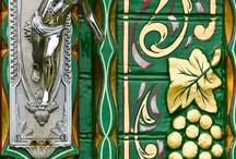 portas trabalhadas / Intricate Door Detail