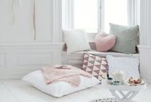 Spaces | Reading Nook / Cosy reading nooks perfect for getting lost in your recent read
