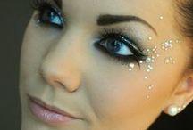 Beauty and Makeup / by Kristen Davila