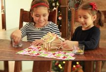 Christmas: Kids Table Decor / This board will inspire you to make that holiday kiddie table a little extra special