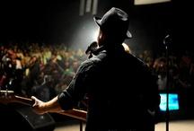Ecoxtrem Events / Ecoxtrem Events se ocupa cu organizarea evenimentelor extraordinare, pur si simplu. Suntem specializati in consultanta, implementare, productie si management pentru orice eveniment de la 10 la 60.000 de persoane, printre care se numara petreceri tematice, conferinte si seminarii sau evenimente publice.