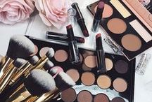 Makeup Bag / Create glamourous and natural looks + save from Sephora, elf Cosmetics, Murad, ULTA, and more. Find beauty tips, makeup workshops and product reviews.