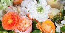 DIY-Blumendeko // Blumige Ideen / Ihr seid auf der Suche nach blumigen DIY-Ideen? Dann seid ihr hier genau richtig! Wir zeigen euch wunderschöne Blumendeko, die ihr ganz leicht selber machen könnt!