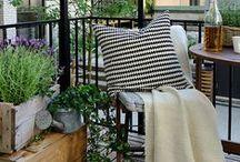 Balkon Ideen // Deko für draußen / Wir machen Urlaub auf Balkonien! Die besten DIY-Ideen für ausgefallene Balkondeko oder tolle Dekoideen für den Garten findest du hier!