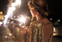 Outfits für die Festtage // Glitter, Baby! / Aufregende Mode für die Festtagssaison: Die schönsten Weihnachts- und Silvester Outfits und jede Menge Glitzer!