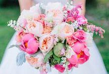 Brautsträuße // Blumendeko / Die schönsten Brautsträuße und alle Trends zum Thema Blumenschmuck für die Hochzeit!
