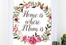 Muttertag // Geschenke // Sprüche / Bald ist Muttertag! Höchste Zeit also, etwas Schönes für unsere geliebte Mama vorzubereiten. Hier findet ihr die schönsten Geschenk- und Bastelideen & Rezepte zu Muttertag!