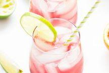 Angesagte Drinks // Cocktail-Rezepte / Wir zeigen euch die leckersten Drinks und ausgefallene Cocktail-Rezepte mit und ohne Alkohol. Cheers!