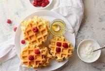 Low Carb Rezepte // Essen ohne Kohlenhydrate / Hier findest du die besten Low Carb Rezepte: Von Low Carb Pancakes für ein figurbewusstes Frühstück bis hin zu Low Carb Abendessen und Desserts!