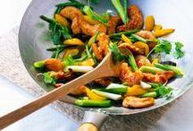 Asiatische Rezepte / Lust auf asiatisch? Hier findest du leckere asiatische Rezepte, die schnell und einfach gelingen. Von Blitz-Gerichten aus dem Wok bis hin zu asiatisch belegten Baguettes...