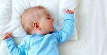 Hallo Baby // Tipps für Neumamas / Hier finden frisch gebackene Mamas alles, was sie wissen müssen, um das Leben mit Baby noch schöner (und einfacher) zu machen! Von Hacks, über Hebammen-Tricks bis hin zu Entspannungsübungen...