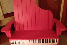 Piano Studio Decor / Ideas for the ultimate piano studio design.