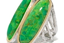Fresh and Vivid: Green Turquoise / Add this fresh green hue to your summer!