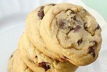 Cookies / by Hannah Vietor