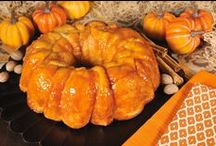 """Thanksgiving with Bridgford! / Easy bread and appetizer recipes, perfect for Turkey Day! Your guests will """"gobble"""" them right up! #Bridgford #BridgfordFoods #Thanksgiving / by Bridgford Foods"""